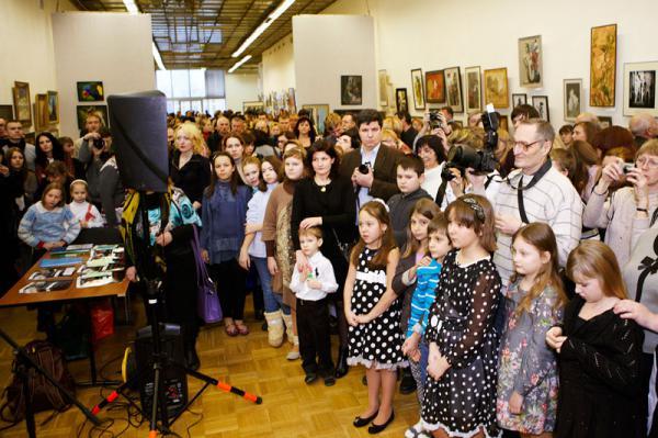Ксения Баранова. Открытие выставки и презентация книги «Молодая палитра России».