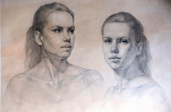 Ксения Баранова. Женская голова в двух поворотах