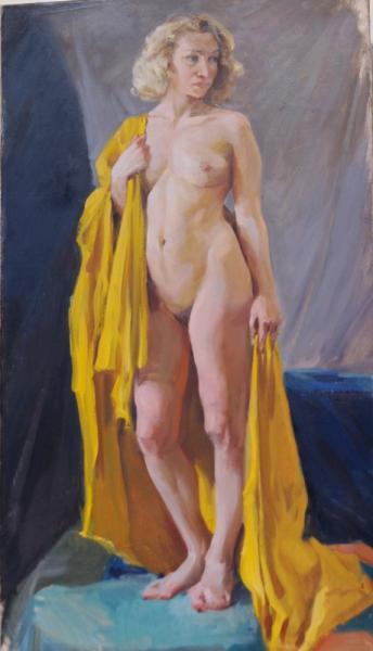 Ксения Баранова. Постановка с желтой драпировкой
